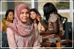 Islamic Young woman with diverse group - distance learning in saudi arabia